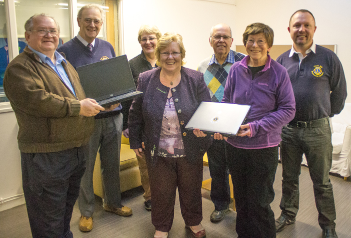 LIONS DONATE TWO LAPTOPS TO A NEW JOB CLUB